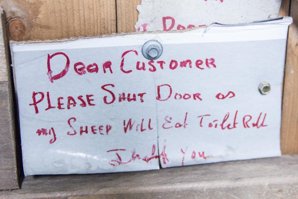 funny sign in ireland bathroom