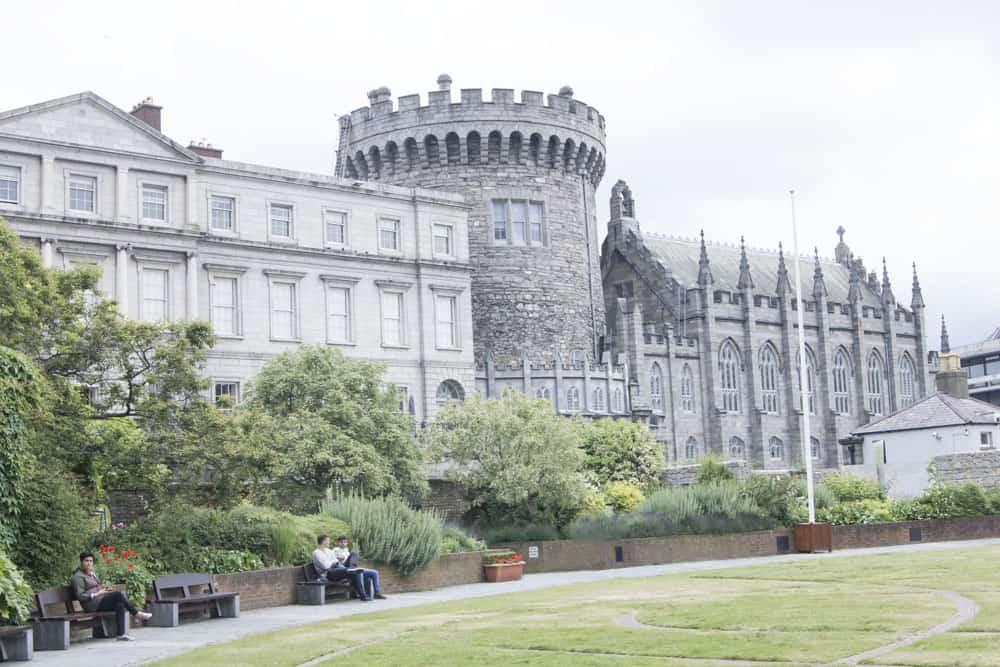 castle in green park in dubin in ireland