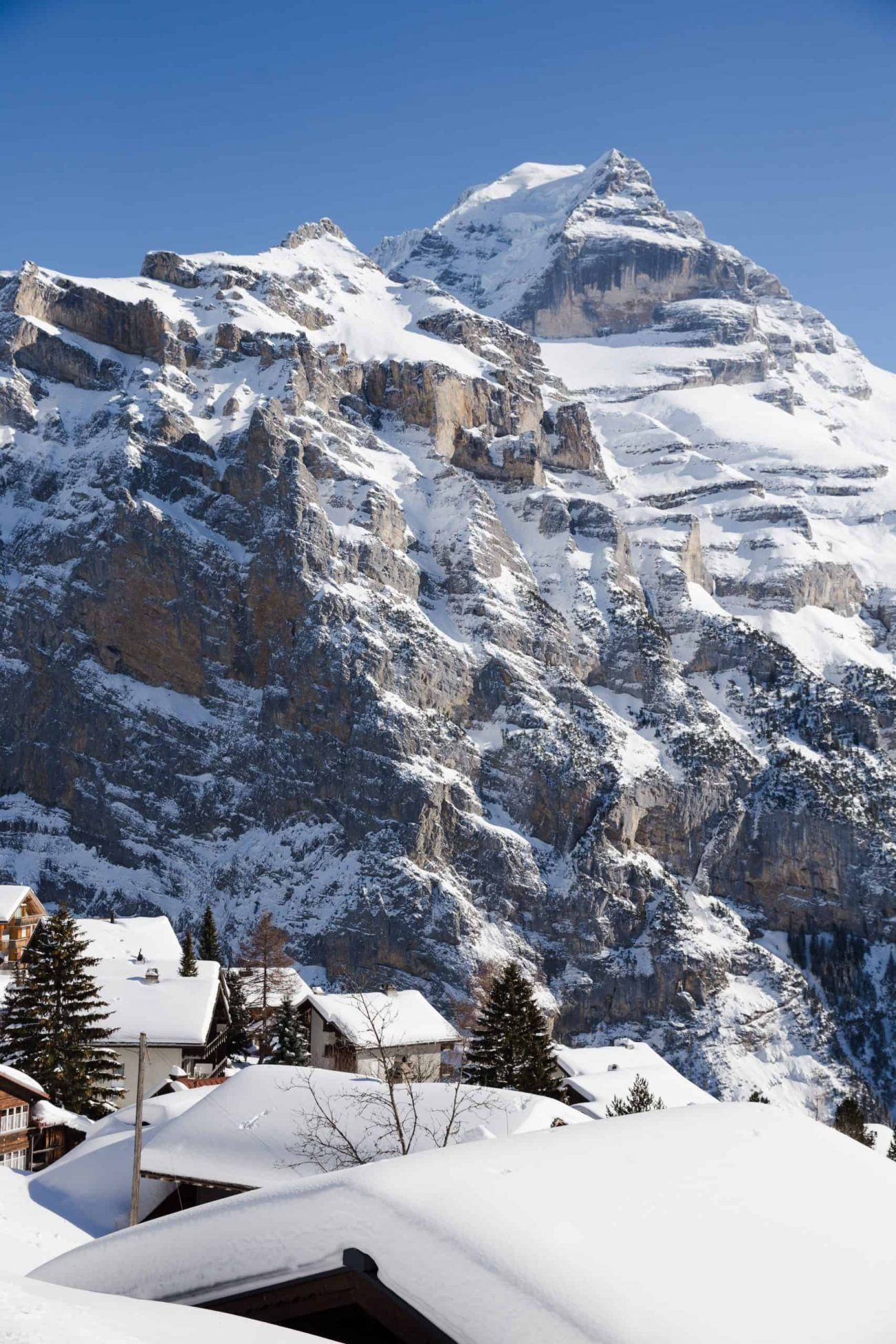 Mürren, Switzerland is a ski town in the Swiss Alps. This Swiss Alps town was one of my favorite destinations of 2019, and a great place to travel in 2020.
