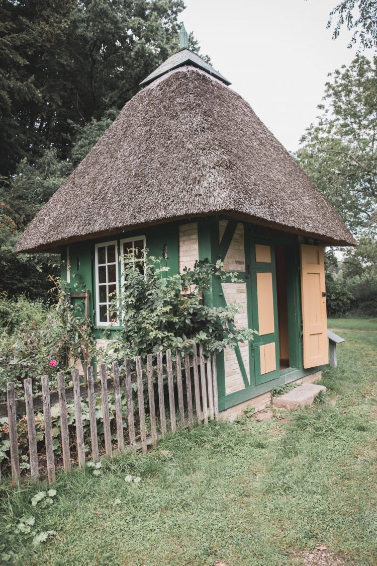 Small Garden House in Germany