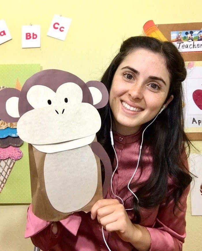 VIP Kid Classroom Background Ideas from 12 Traveling Teachers
