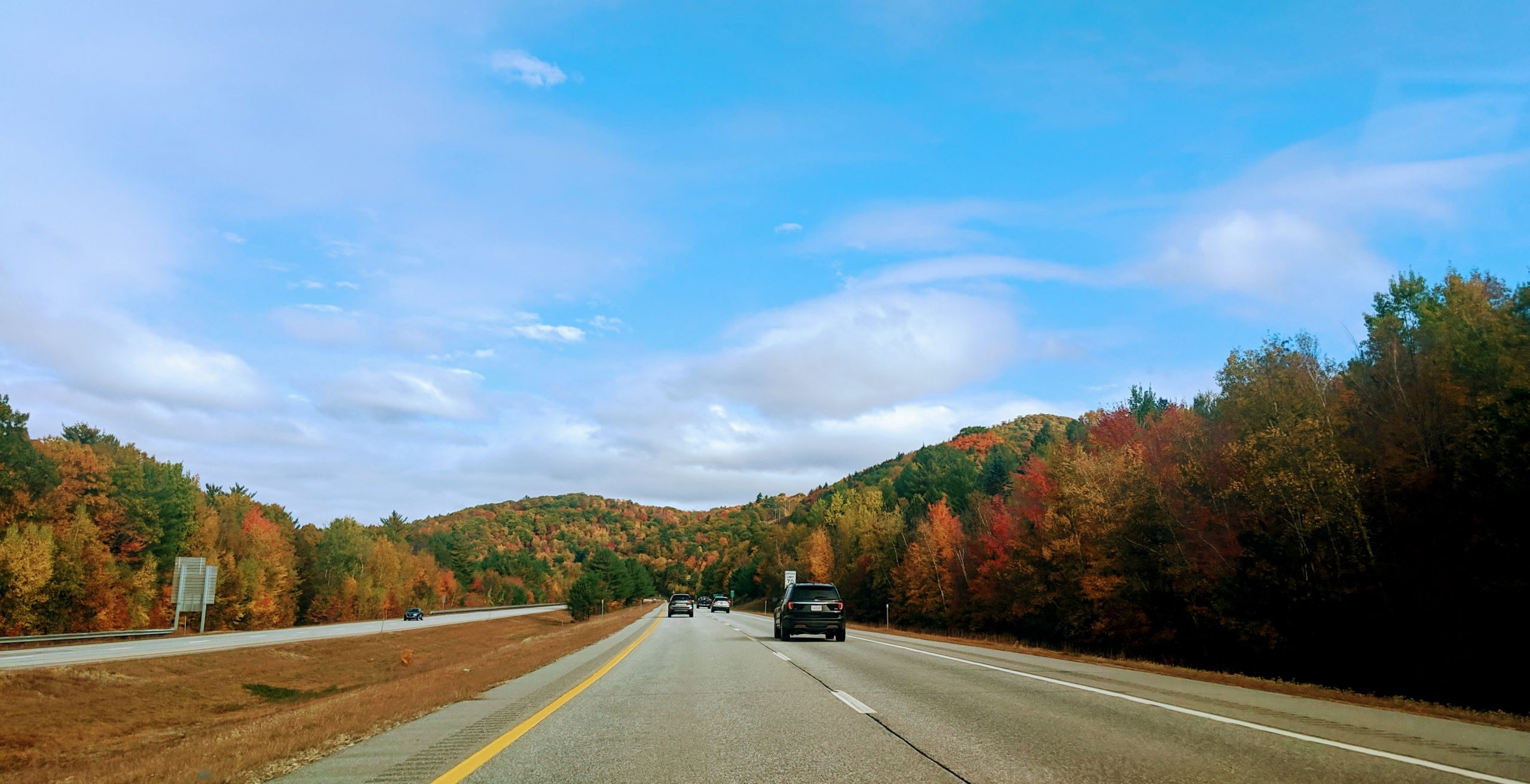 Fall Foliage along the highway in Fraconia Notch State Park