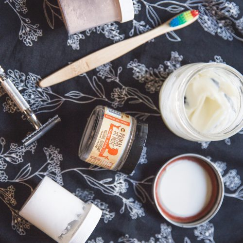 Zero waste products for a natural beauty routine
