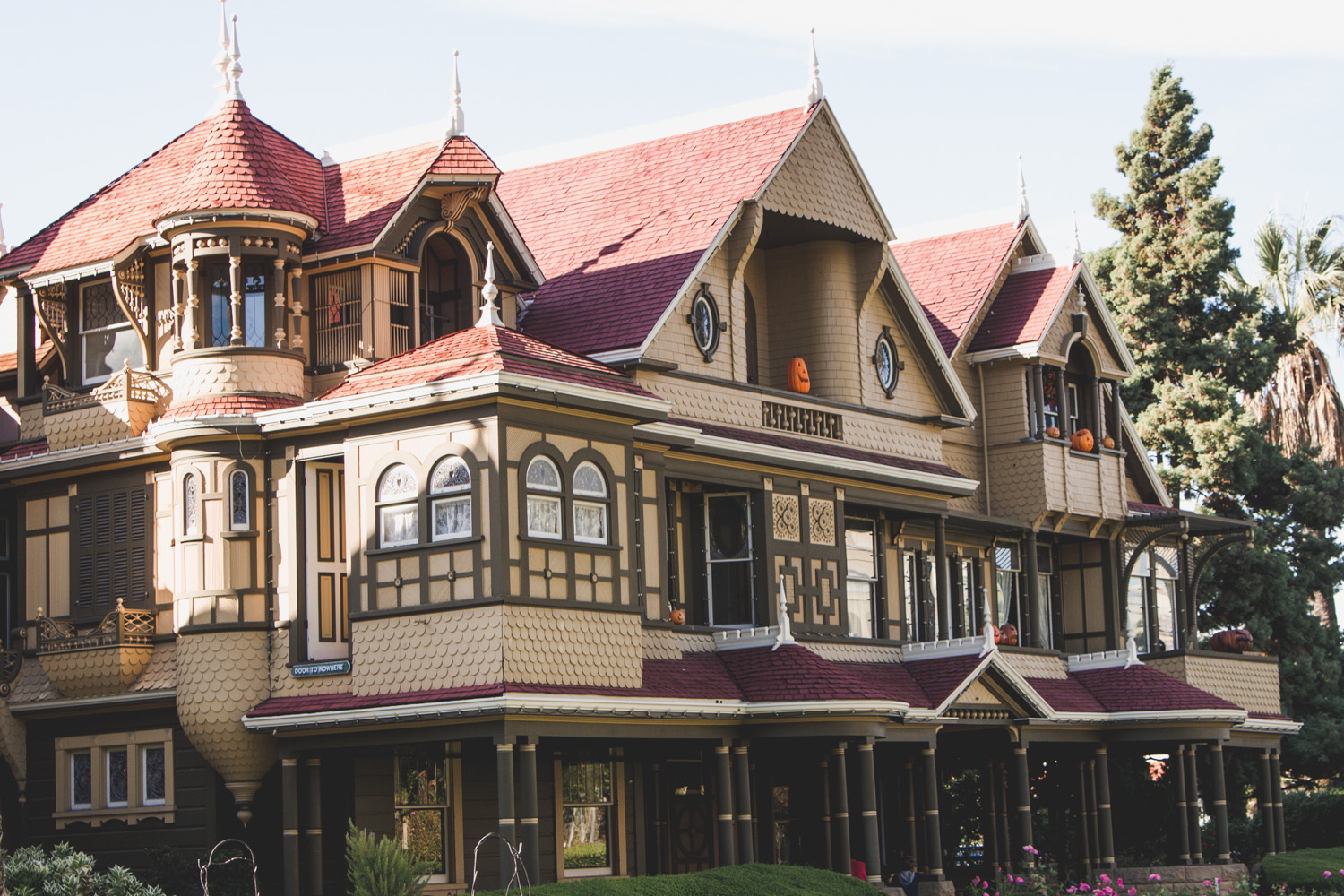 The front of the Winchester Mystery House